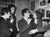 Сионистская молодежь на праздновании в квартире художника Иосифа Кусковского, слева направо (л-п): Давид Шрифтелик, Иосиф Русинек, Эли Валк, Ноэми Гарбер. П.а. Эли Валк.