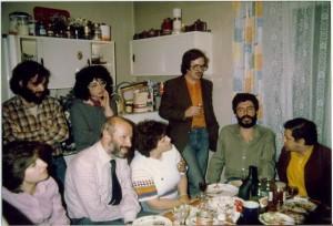 На проводах Наташи и Марка Драчинских, Москва, июнь 1986 года. Членов крайний справа.
