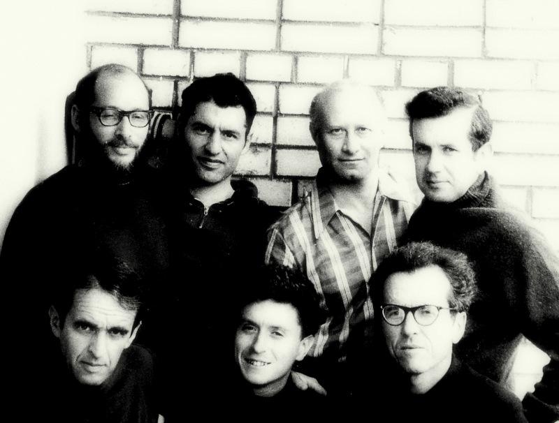 Голодовка ученых-отказников, день седьмой. Слева-направо сидят: Александр Лунцб Натан Либгобер, Моисей Гиттерман. Стоят: Дан Рогинский, Александр Воронель, Марк Азбель, Виктор Браиловский.