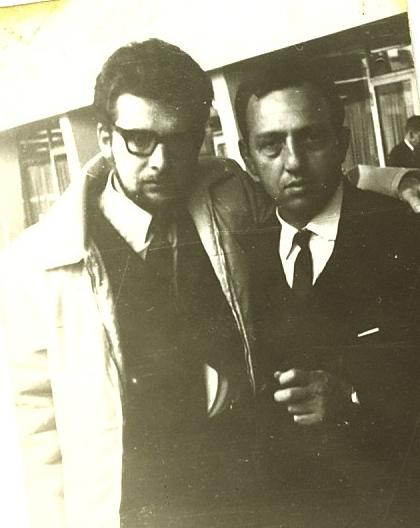 Эйтан Финкельштейн (слева) и Давид Хавкин на проводах Хавкина в аэропорту Шереметьево, октябрь 1969 года.