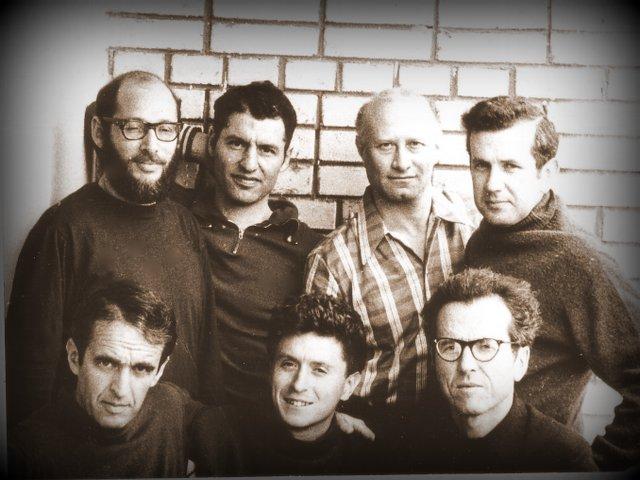 Голодовка ученых, Москва 1973 год. Слева-направо: в первом ряду - Александр Лунц, Натан Либгобер, Моше Гитерман; во втором ряду Дан ГОринский, Александр Воронель, Марк Азбель, Виктор Браиловский.